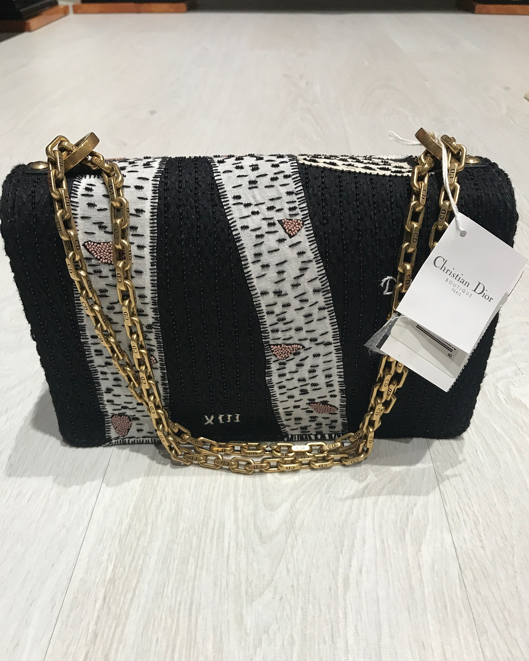 b4fa8eed239f How I can find a supplier of replica of branded bags and shoes in ...