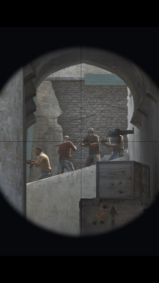 What are the uses of black dots in AWP Crosshair in CS 1 6