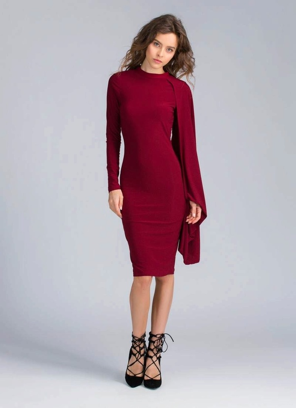 4d9668b1b269a Wine clothes can be combined with clothes and accessories of different  colors. Classic is the combination of Bordeaux with black or white, for  example, ...