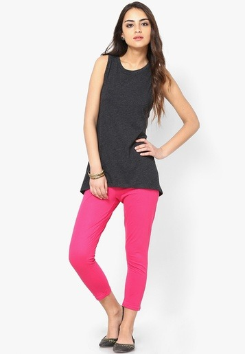 Which colour long top can go with pink leggings?