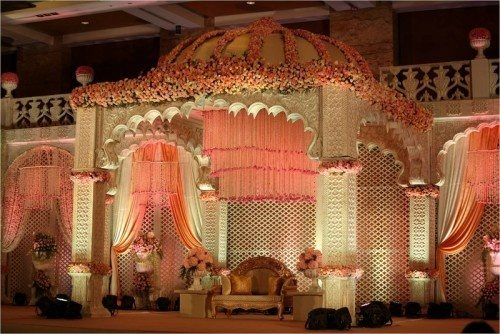 Where can i find gorgeous stage decor ideas for a glamorous indian some of the best stage decor ideas for the indian wedding reception i will give junglespirit Image collections
