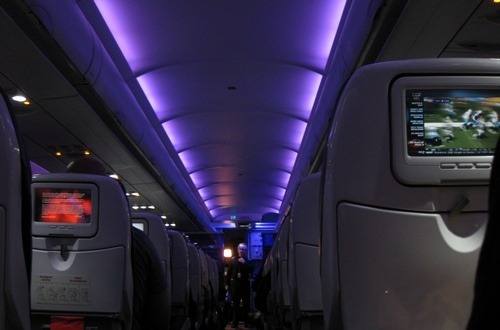 Why does an airplane pilot switch off the cabin lights ...
