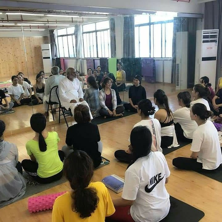 How to become an international ashtanga yoga instructor - Quora