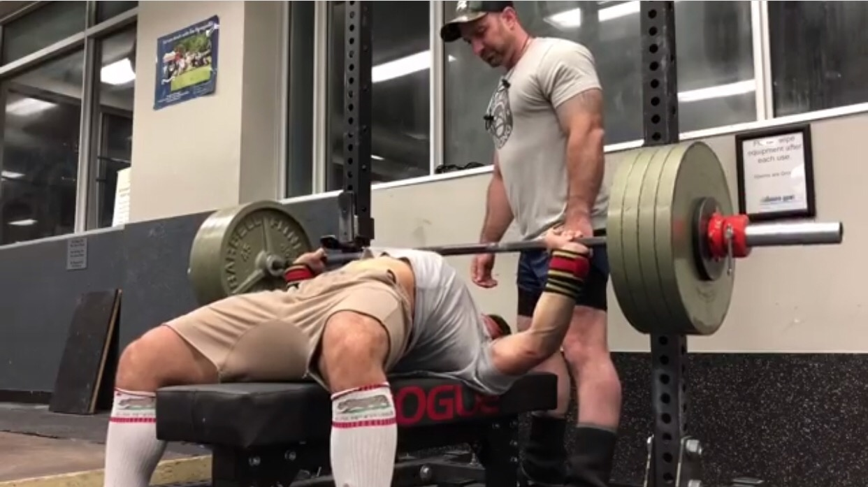 What Is More Impressive A 500 Pound Benchpress Or An 800 Pound