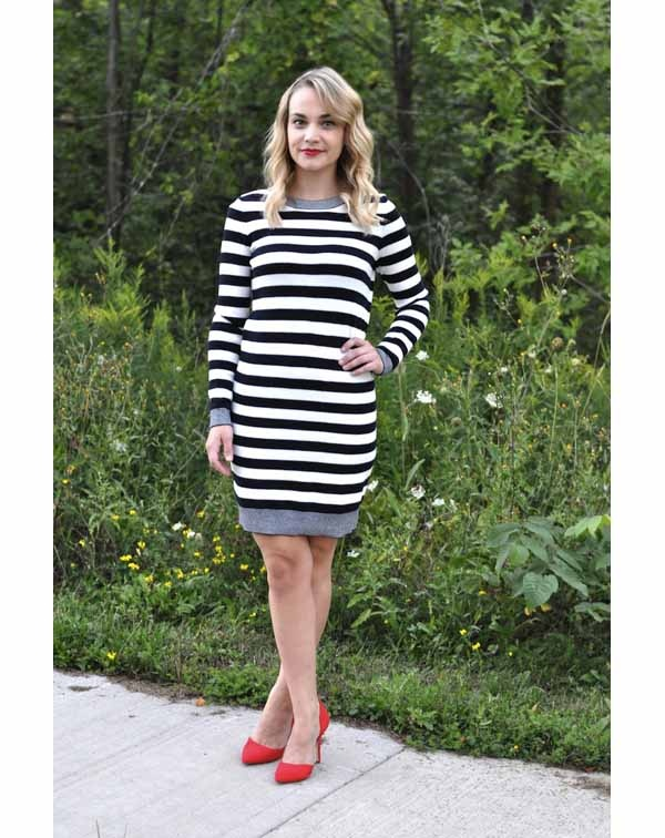 f9907bd69f4 Does a black and white dress combine with red shoes? - Quora