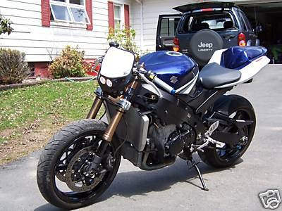 Street Fighter Motorcycle >> What S The Difference Between A Naked Bike And A Street