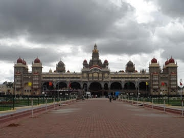 Mysore Palace front outside