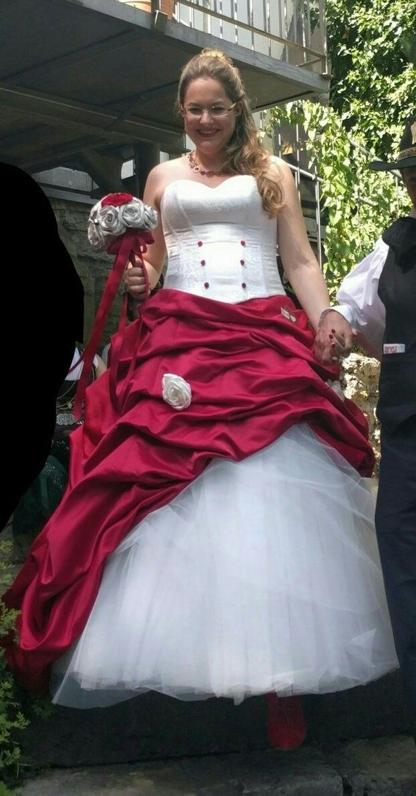Why do some brides get married using red wedding dresses quora so i decided to go with a dress that both had white and red as i still wanted it to be recognizable as a wedding dress junglespirit Images