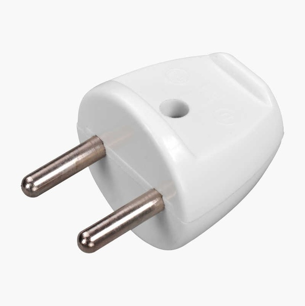 Why don't European plugs have earth wires? - Quora
