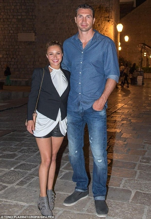 Celebrity Couples With BIGGEST Height Differences! - YouTube