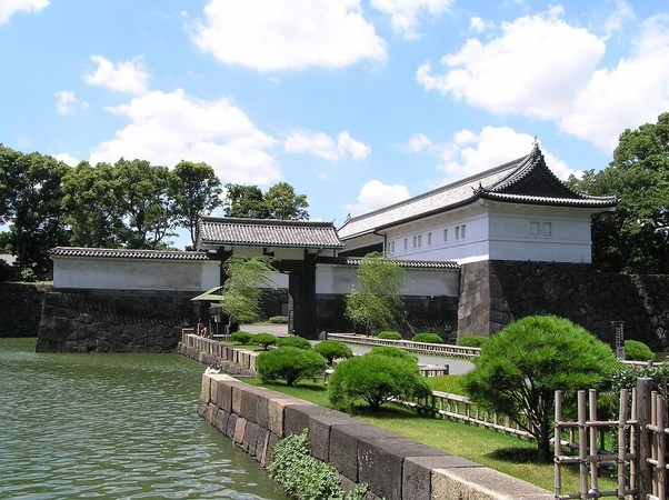 Tokyo Imperial Palace Is The Formal Edo Castle, And Now The Main Residence  Of The Emperor Of Japan. Except On Jan 2 (New Yearu0027s Greeting) And Dec 23  ...