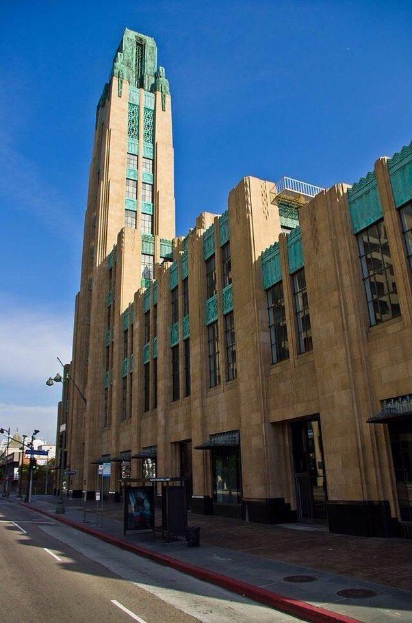 Art Deco Buildings: What Characteristics Do Art Deco Buildings Have?