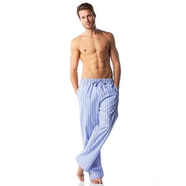Do women like men to wear nightgowns? - Quora