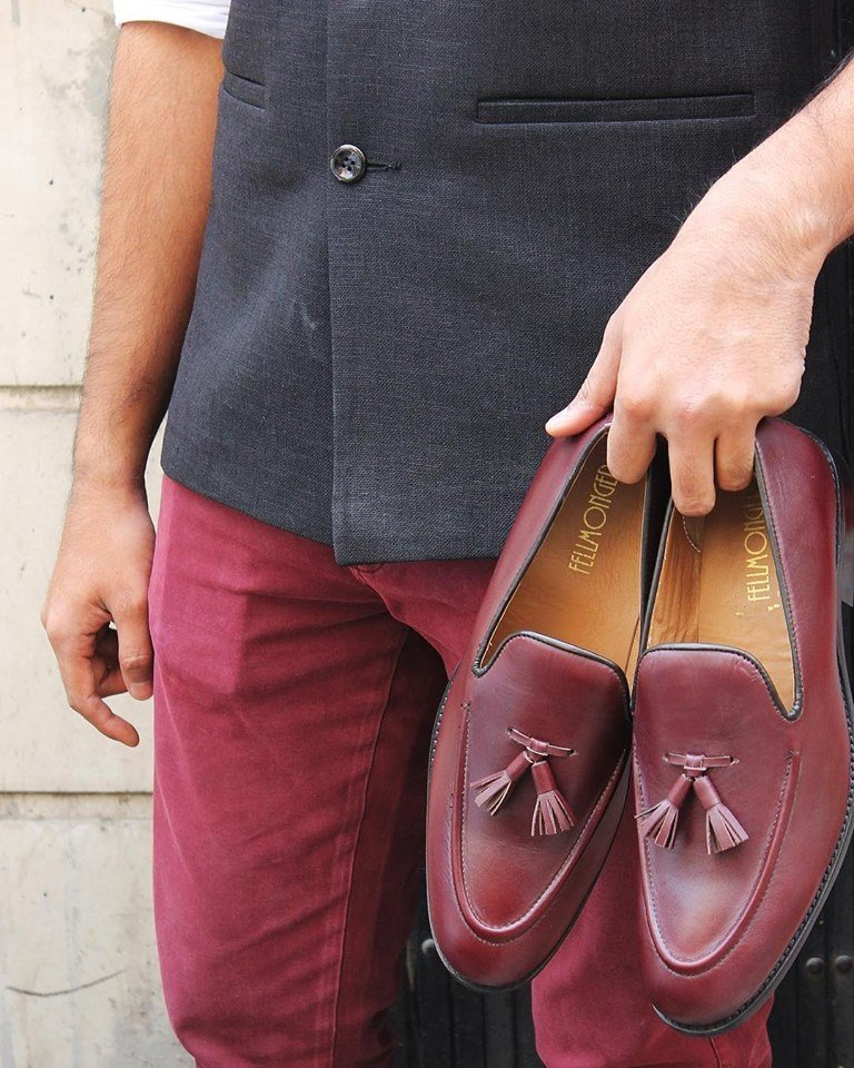 2573aed7a9f Can men wear women s shoes  - Quora