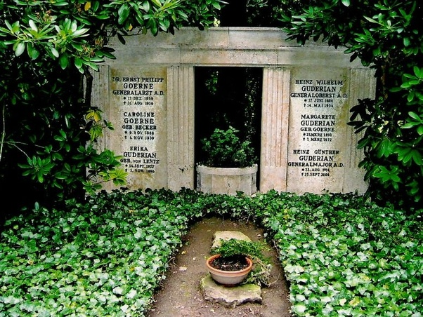 Heinz Guderian grave, Third Reich graves worldwartwo.filminspector.com