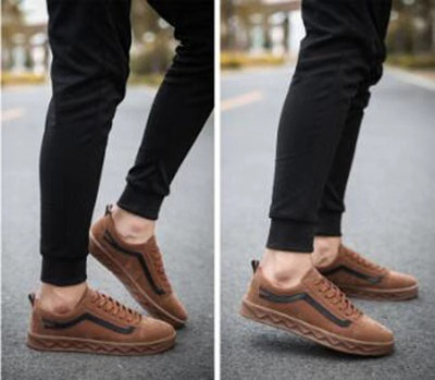 3077be86deb26 Is it ever OK to wear brown shoes with black pants  - Quora