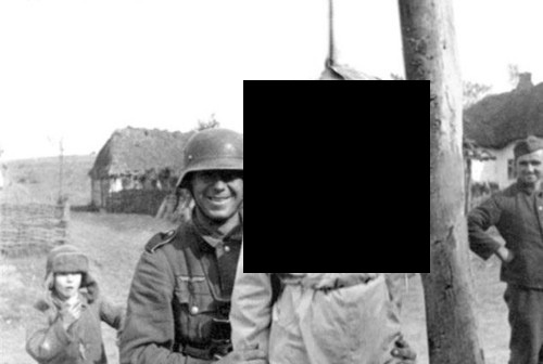 What are some of the most popular faked images of World War II? - Quora