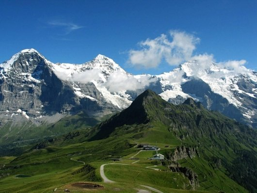 What Are Some Places In The World One Should Travel To If You Like - What mountains are near me
