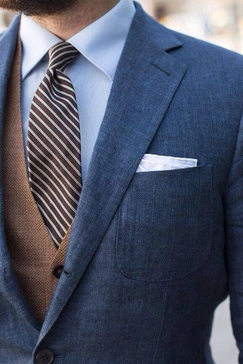What Is The Best Tie And Pocket Square Combination For