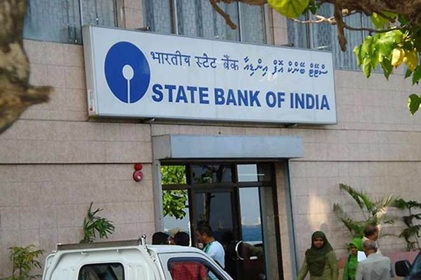 What is the salary structure of SBI(State Bank of India) in overseas