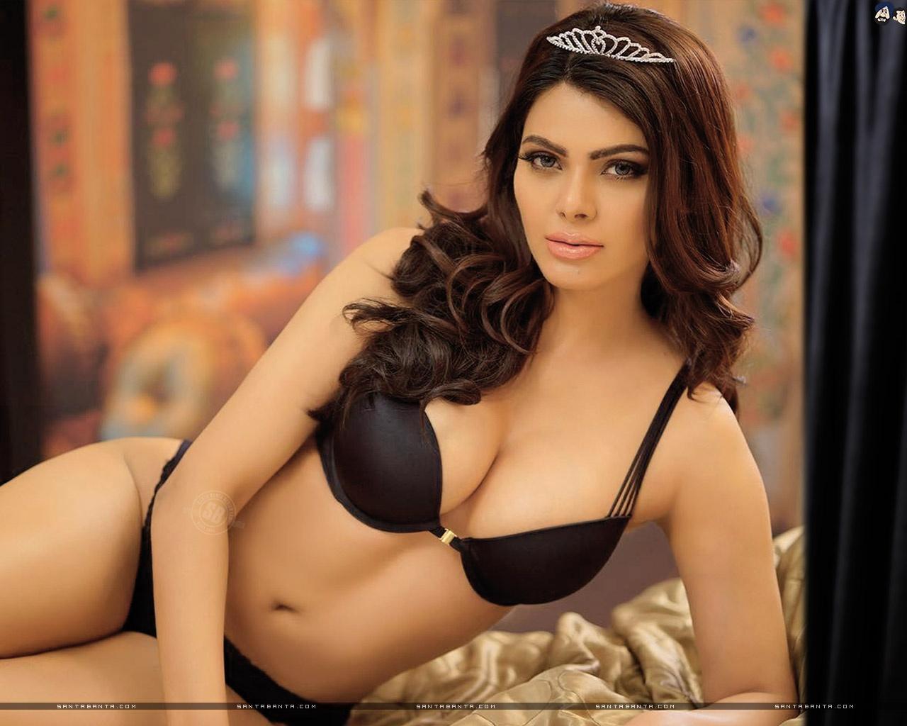 Amisha Patel Nude Video do bollywood actress escort secretly? - quora