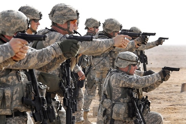 アメリカ軍兵士には武器選択の自由がありますか? - Quora