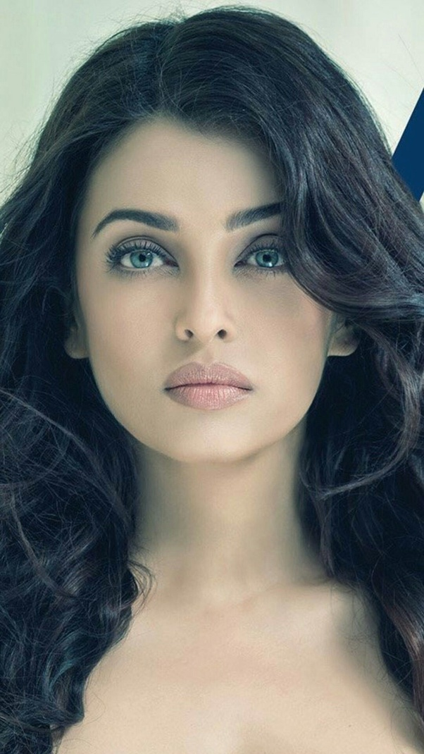 What is Aishwarya Rai eye colour? - Quora