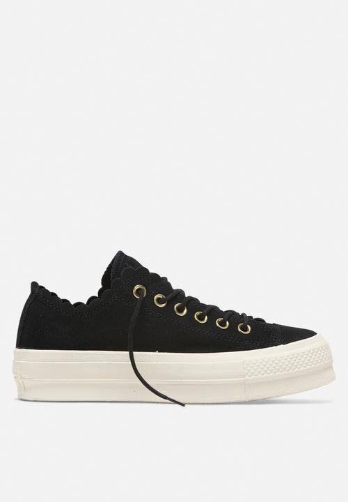 61c89ab6756427 Converse has been the best shoe brand. I have so many converse shoes that  now if I take any more shoes I will have to buy a shelf first to keep my ...