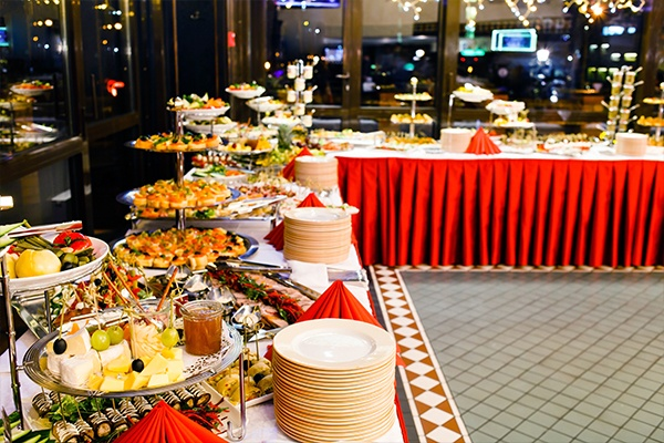 How much will it cost to have my wedding catered? - Quora