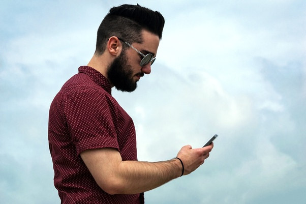 How long should I wait to text a girl when she does not