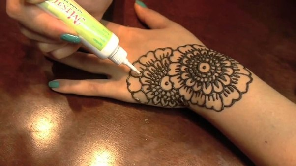 Henna Tattoo How To : How to apply a henna tattoo quora
