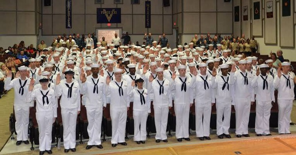 違い 兵隊 海軍 海