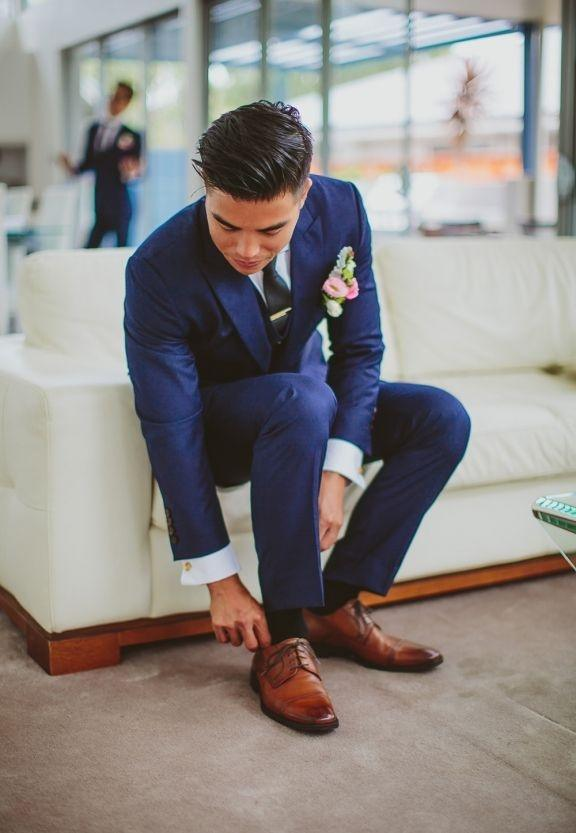 Which Colour Of Shoes Go Well With A Navy Blue Suit Quora