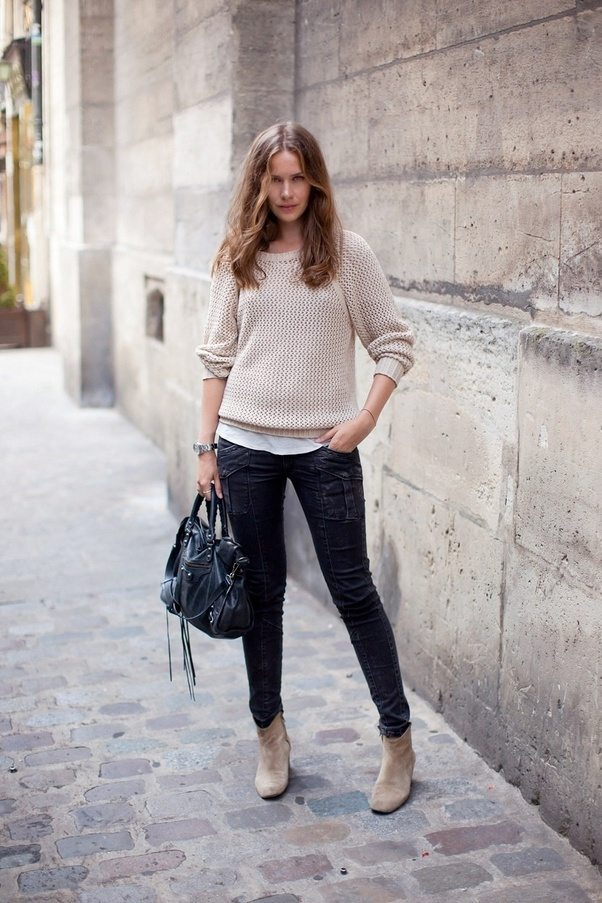 What Colour Shoes With Taupe Dress