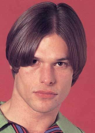 Is This An Example Of A Middle Part In Hair And If It Is