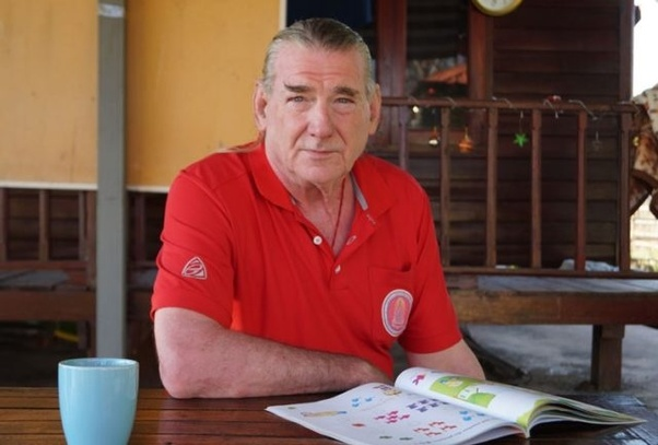 pensionati volontari, volontari all'estero, volonturismo