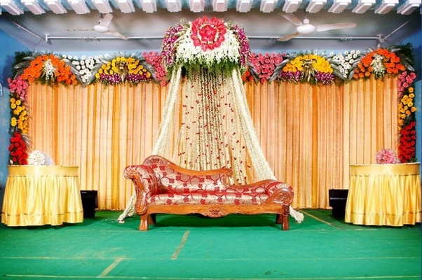 What Are Some Of The Best Ideas For Indian Wedding Stage Decorations