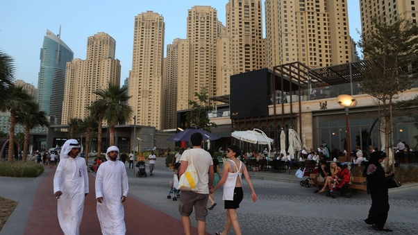 What are some amazing facts about Abu Dhabi and Dubai? - Quora