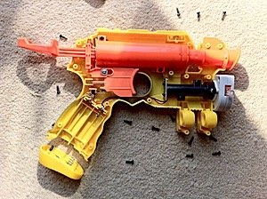 How do Nerf guns work?