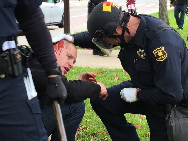 Licking officer s arsehole at work in uniform