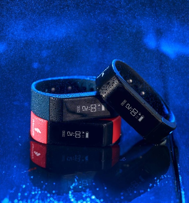 Which Is The Best Fitness Band To Buy Under 5000?
