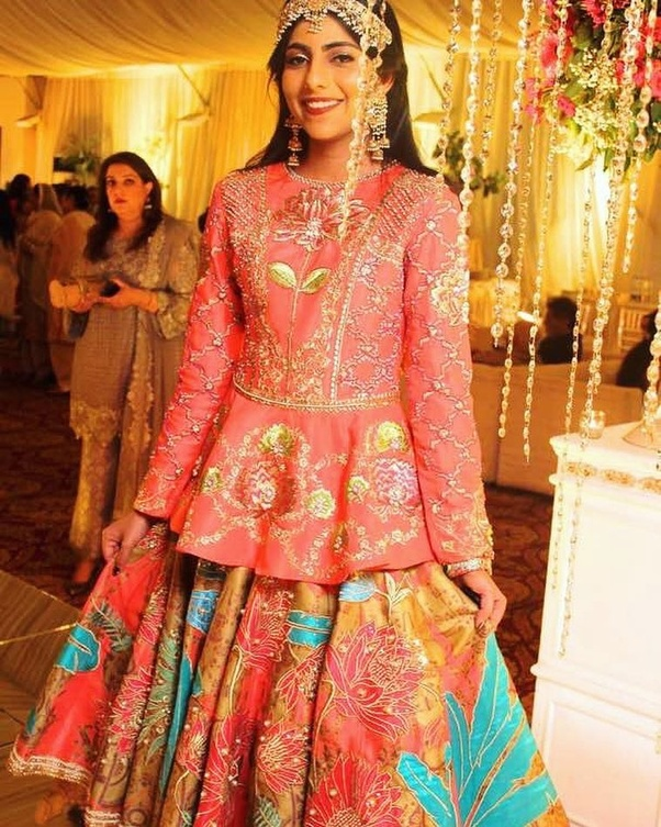 What are the trendy Pakistani wedding outfits ideas? - Quora
