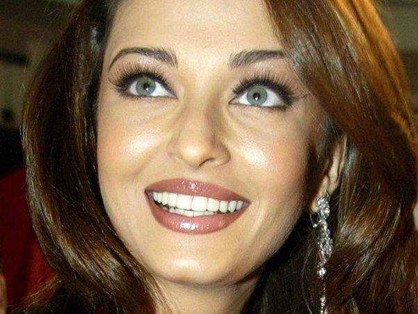 Why do many people call Aishwarya Rai Bachchan a 'fake ...
