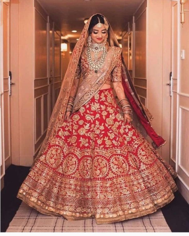 North Indian Wedding Saree: What Does The Bride Exactly Wear In An Indian Wedding?