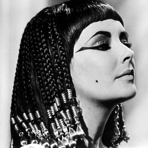 How many lovers did cleopatra have