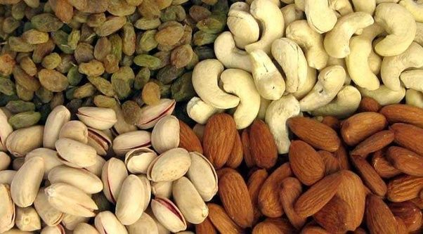 Should We Eat Dry Fruits In Summer?