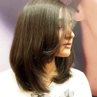 What Are Some Good Shoulder Length Hair Styles For Women With Round Face Quora