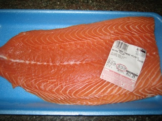 When is it okay to eat raw fish? I bought a pack of frozen