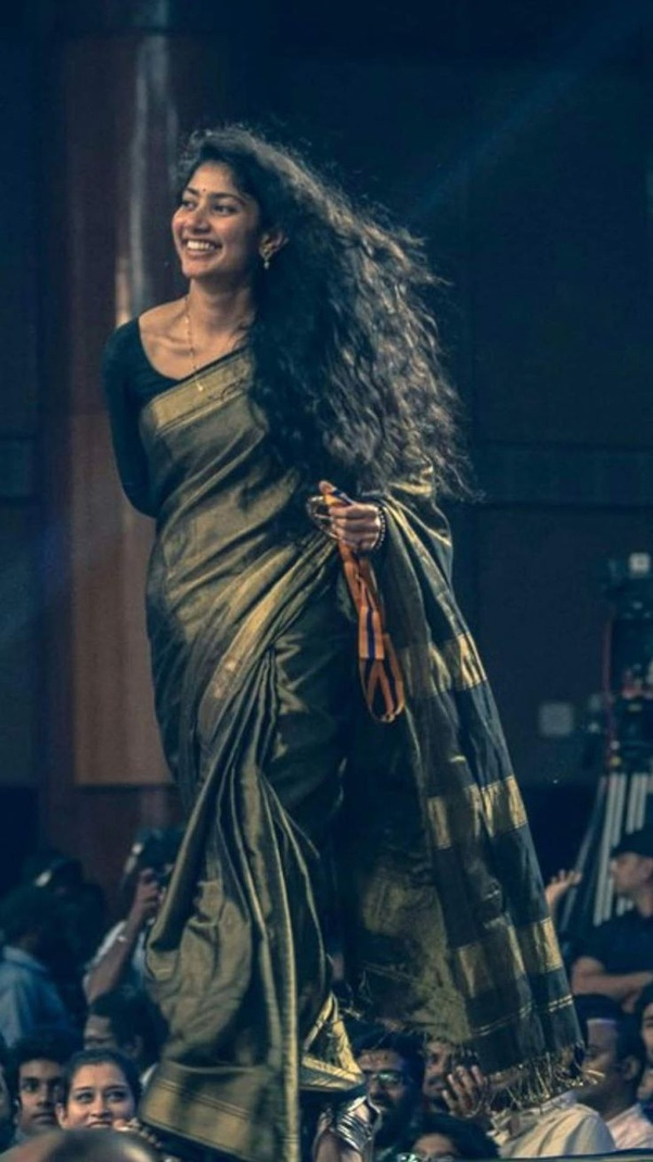 What are some traditional pictures of Sai Pallavi? - Quora