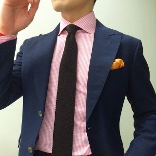Which colour tie and belt suitable for pink shirt and ...